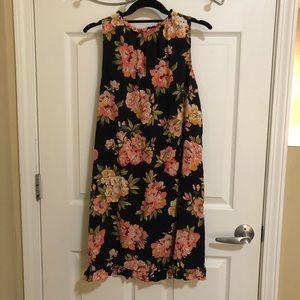 LOFT Dresses - NWOT LOFT Dress